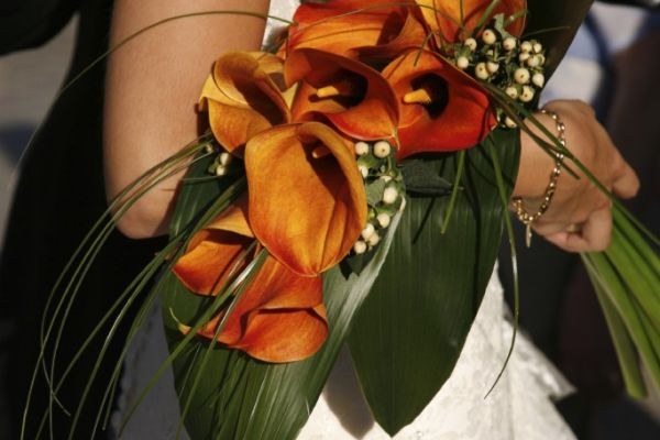 Brautstrauss Calla orange