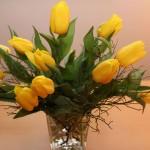 gelbe Tulpen in Vase