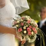 Brautstrauss gemischte Rosen